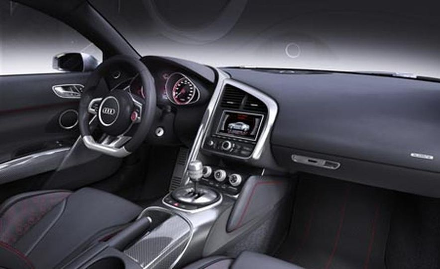 Audi R8 V-12 TDI concept - Slide 22