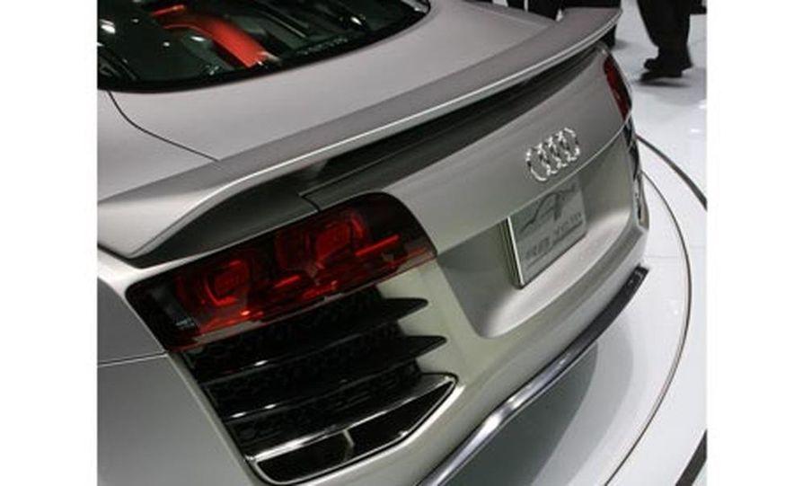 Audi R8 V-12 TDI concept - Slide 2