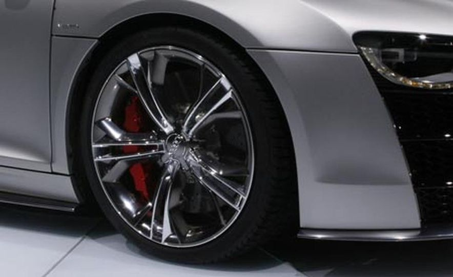 Audi R8 V-12 TDI concept - Slide 11