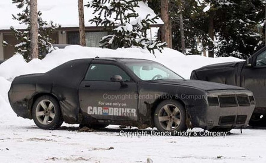 2008 Dodge Challenger - Slide 1