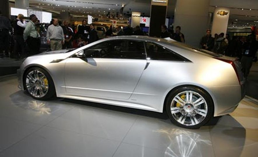 Cadillac CTS Coupe concept - Slide 1
