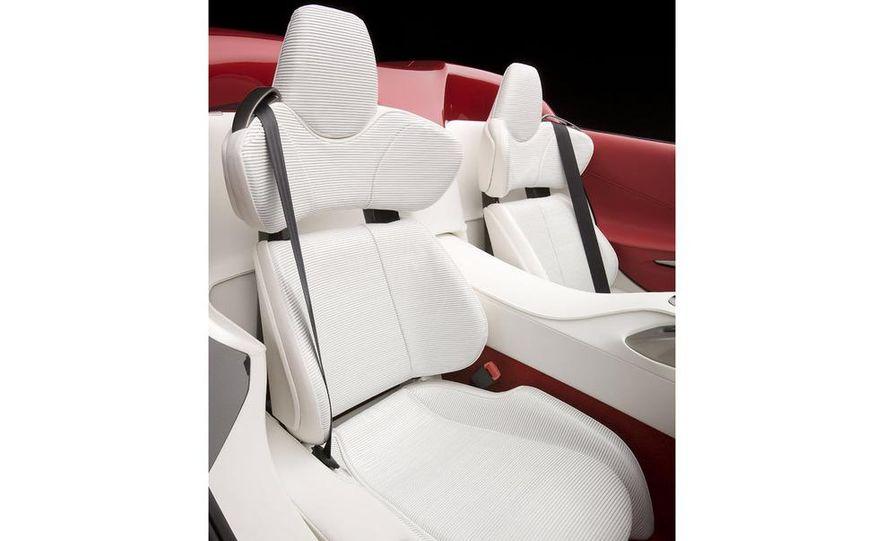 Lexus LF-A roadster concept - Slide 11