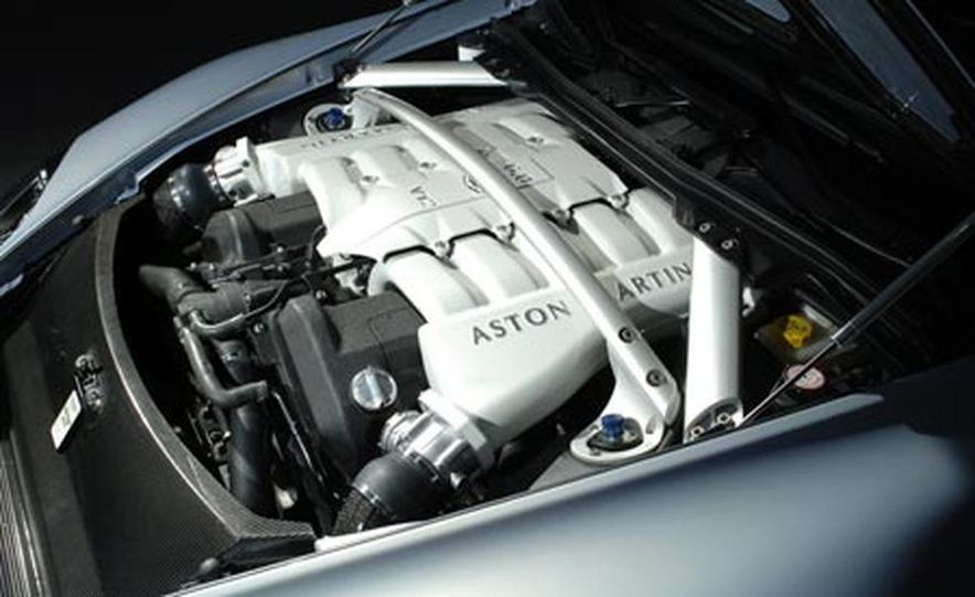 Aston Martin V12 Vantage RS concept - Slide 10