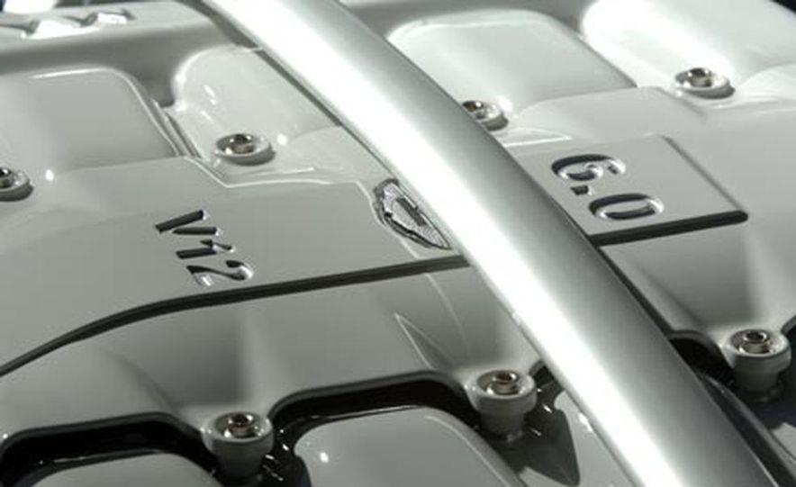Aston Martin V12 Vantage RS concept - Slide 11