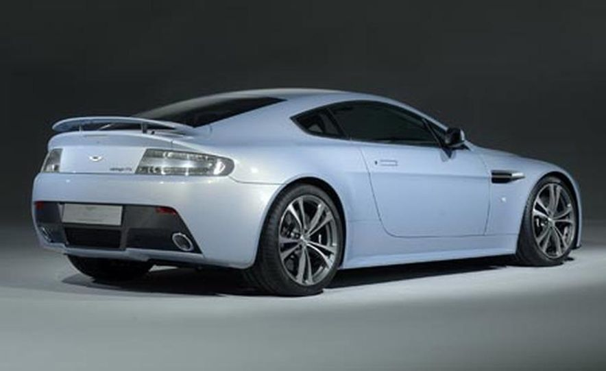 Aston Martin V12 Vantage RS concept - Slide 3