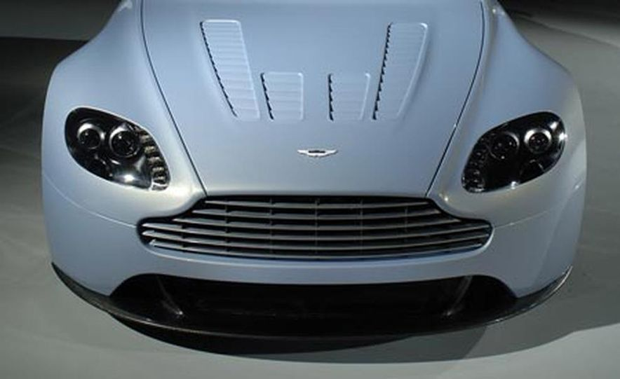 Aston Martin V12 Vantage RS concept - Slide 6