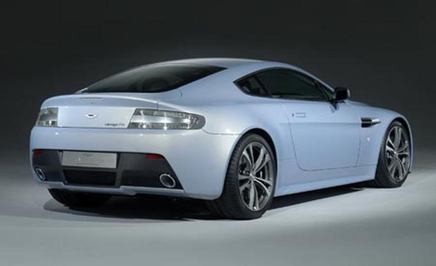 Aston Martin V12 Vantage RS concept - Slide 8
