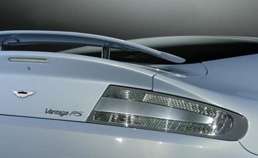Aston Martin V12 Vantage RS concept - Slide 19