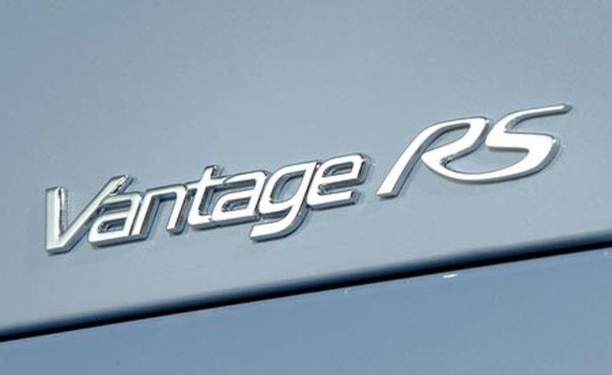 Aston Martin V12 Vantage RS concept - Slide 21
