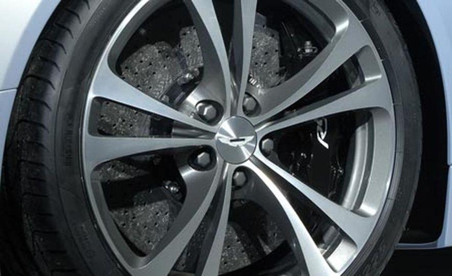 Aston Martin V12 Vantage RS concept - Slide 22