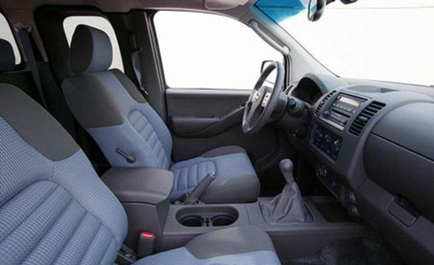 2006 Nissan Frontier - Slide 11