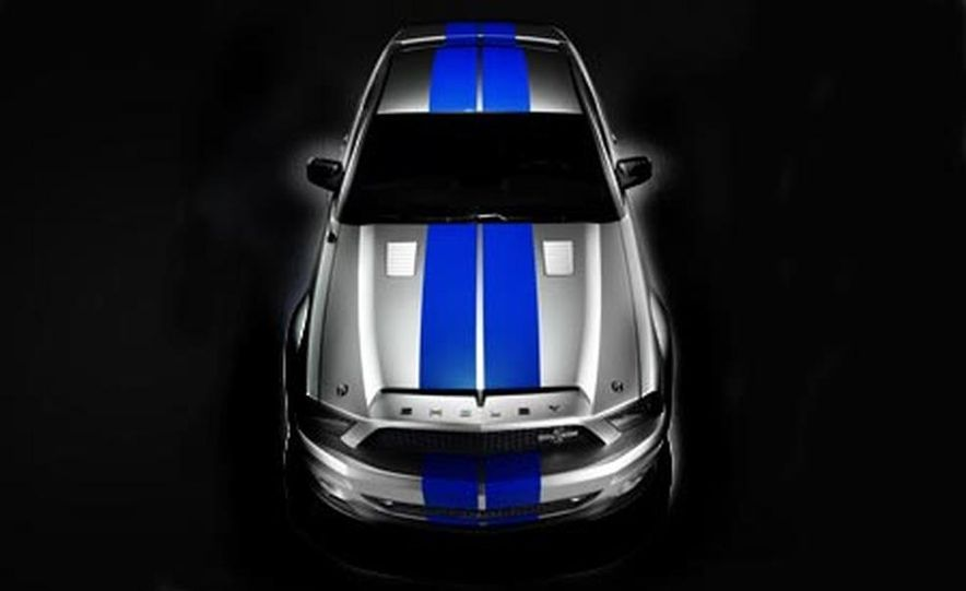 2009 Ford Mustang with glass roof option - Slide 17