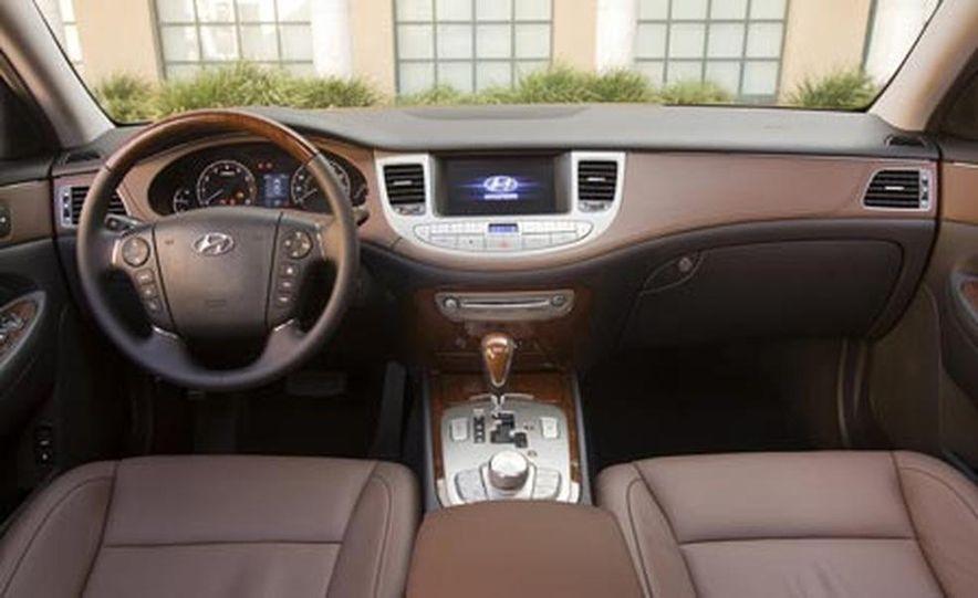 2009 Hyundai Genesis - Slide 20