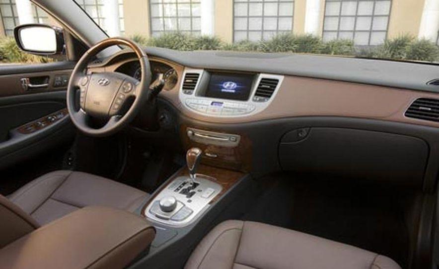 2009 Hyundai Genesis - Slide 21