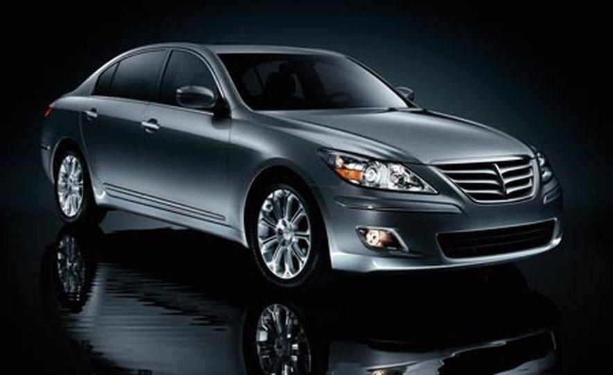 2009 Hyundai Genesis - Slide 1