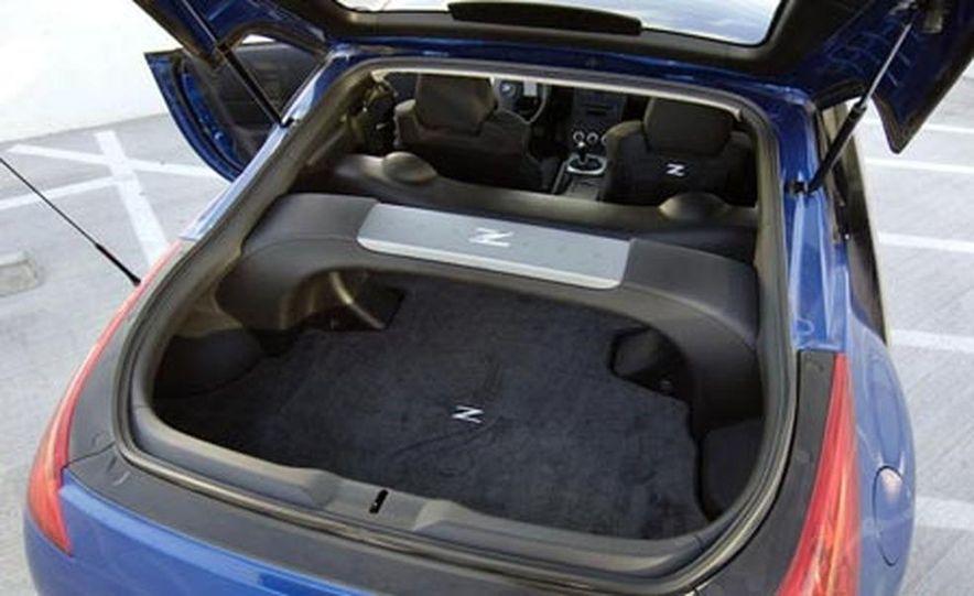 Nissan Urge concept - Slide 16