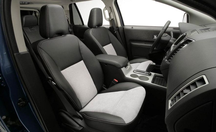 2009 Ford Edge Sport - Slide 6