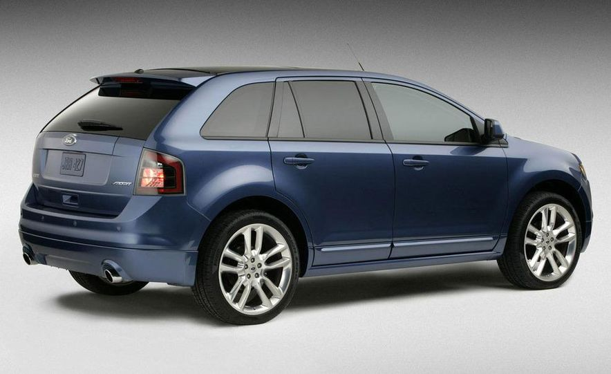 2009 Ford Edge Sport - Slide 3