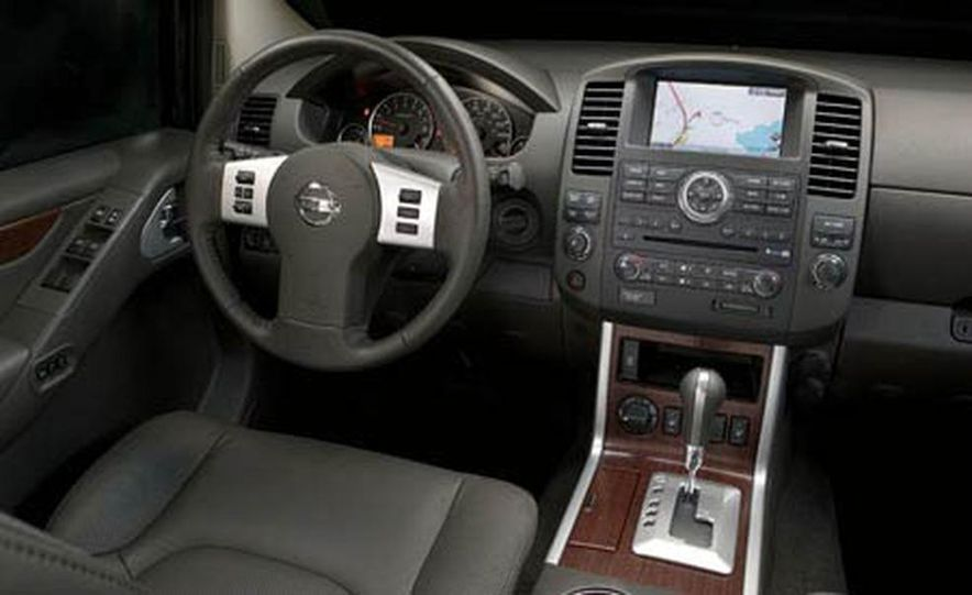 2008 Nissan Pathfinder - Slide 11