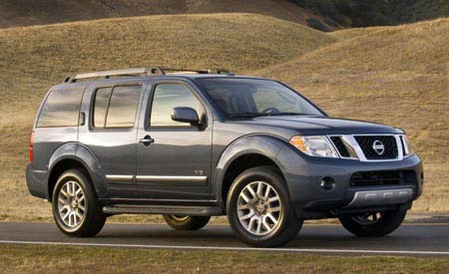 2008 Nissan Pathfinder - Slide 1