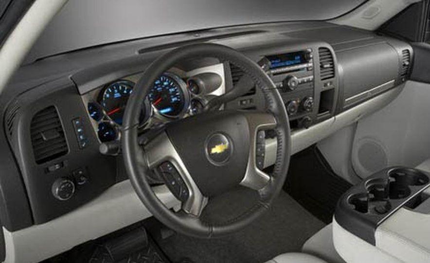 2009 Chevrolet Roush Silverado - Slide 5