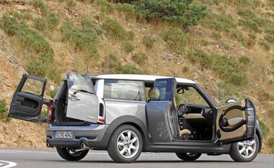 2008 Mini Cooper S Clubman - Slide 21