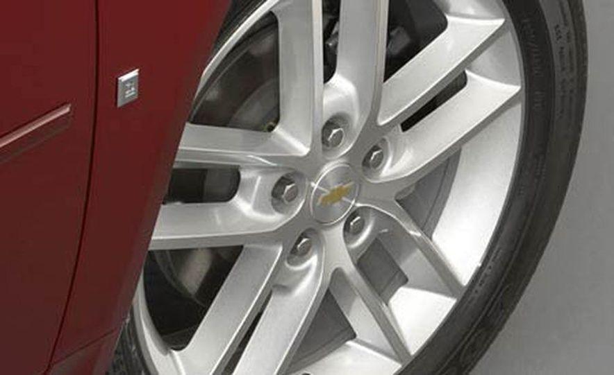 2009 Cadillac Escalade Platinum interior - Slide 29