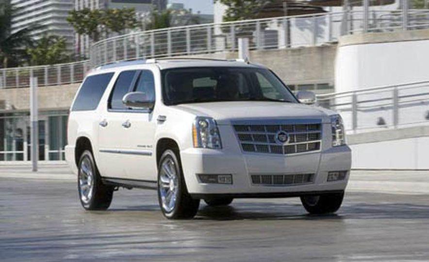 2009 Cadillac Escalade Platinum interior - Slide 22