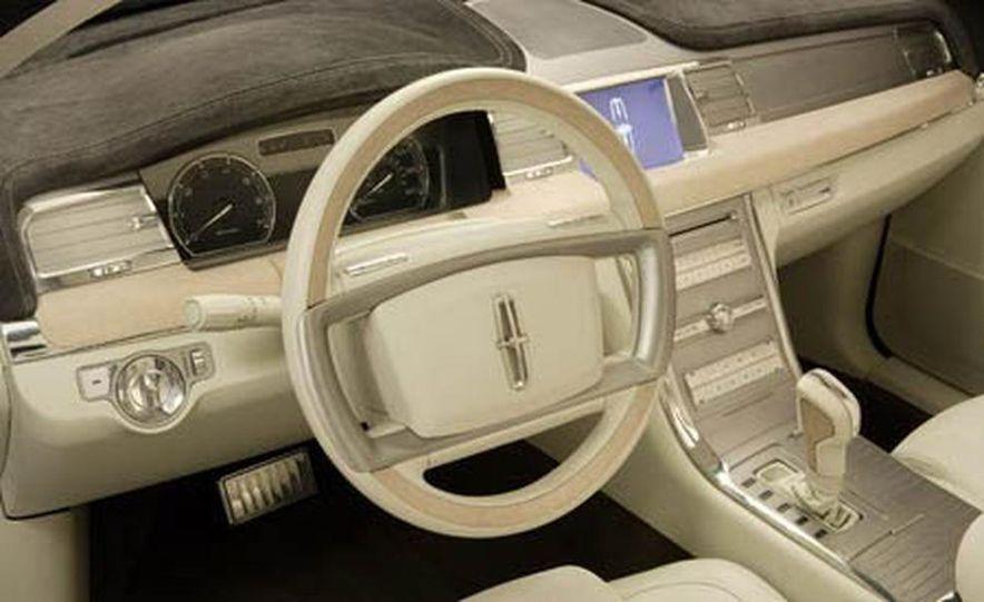 Lincoln MKR concept - Slide 16
