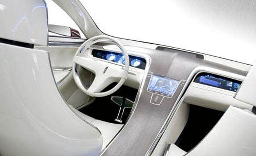 Lincoln MKR concept - Slide 7