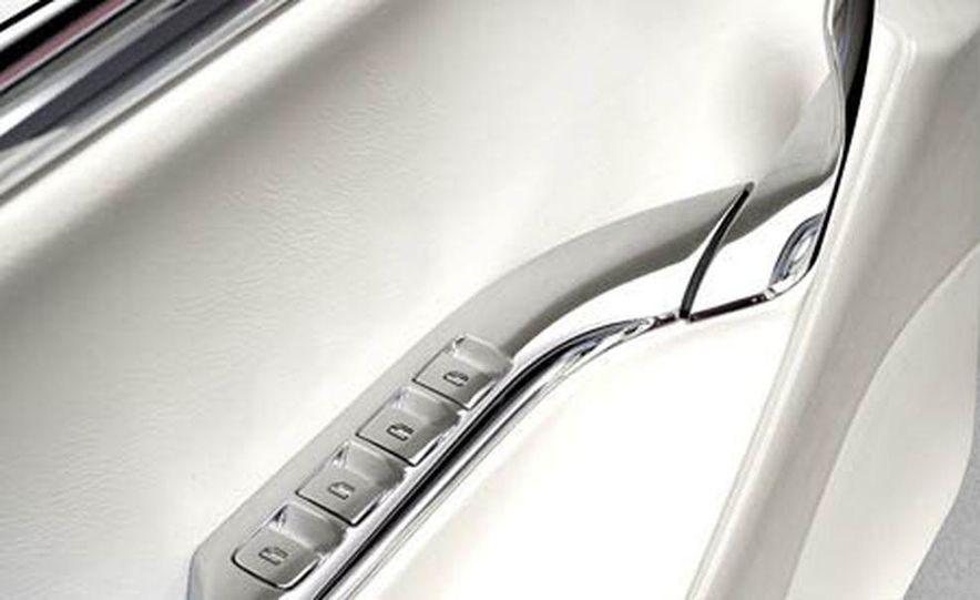 Lincoln MKR concept - Slide 9