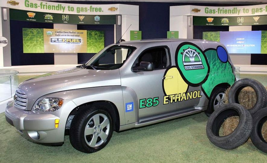 2009 Chevrolet HHR E85 Flex-Fuel badge - Slide 1