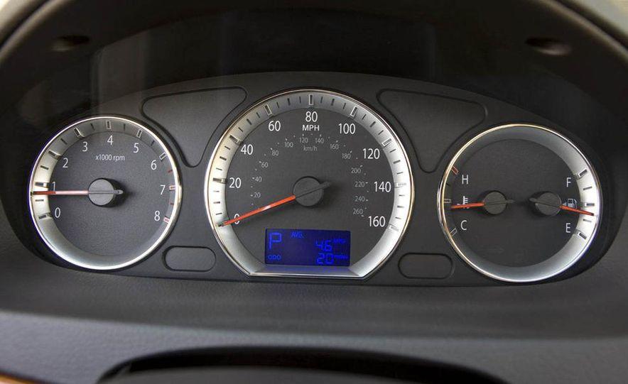 2009 Hyundai Sonata - Slide 11