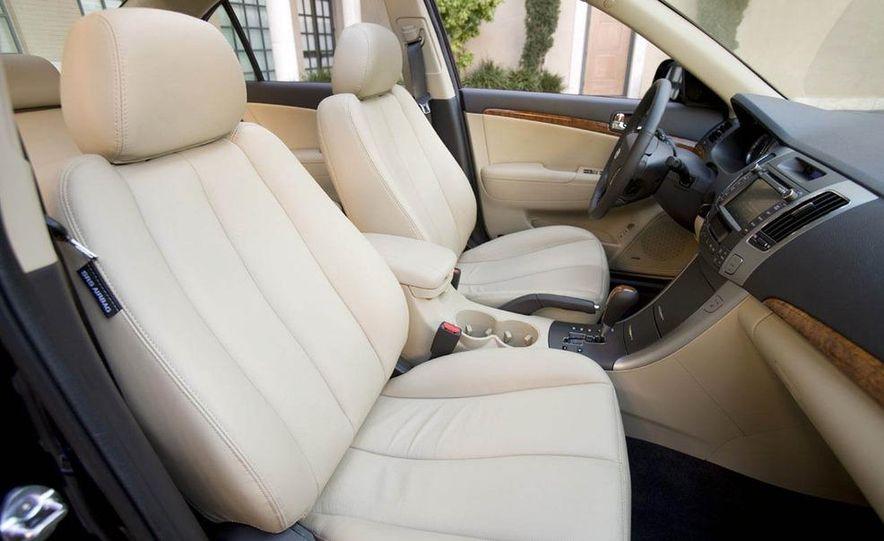 2009 Hyundai Sonata - Slide 10