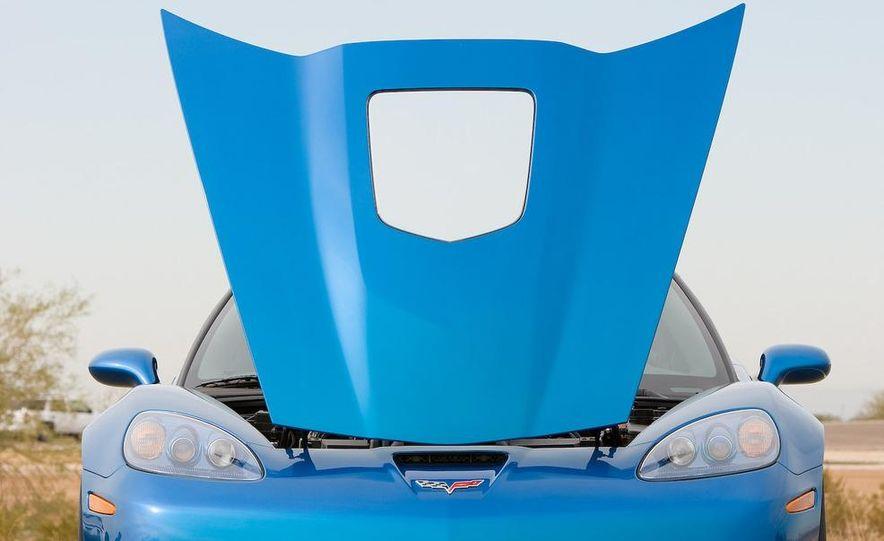 2009 Chevrolet Corvette ZR1 - Slide 8