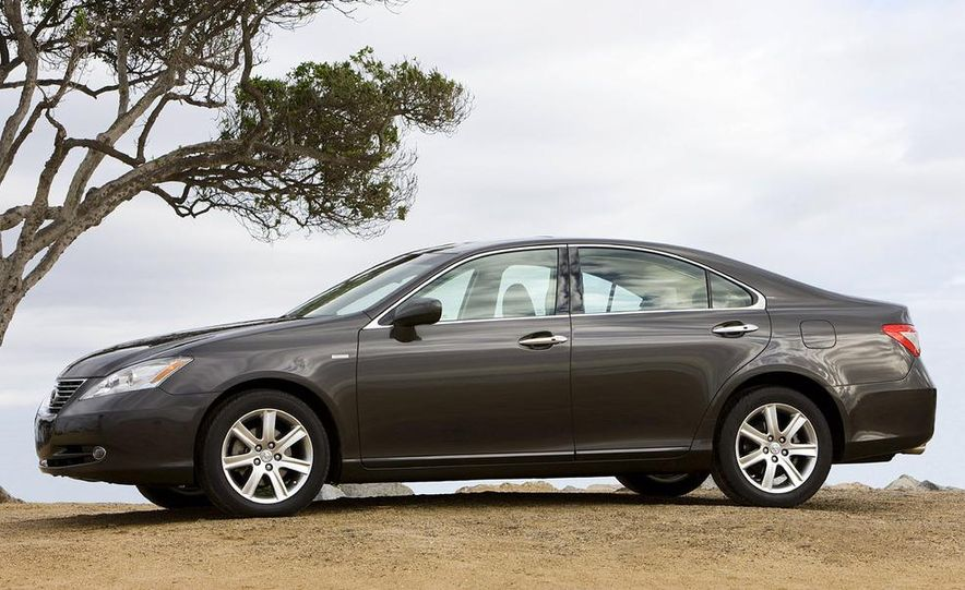 2008 Lexus ES350, RX350, and SC430 Pebble Beach editions - Slide 15