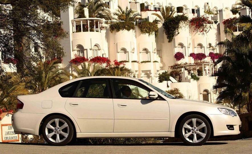 2008 Subaru Legacy Diesel European spec - Slide 2