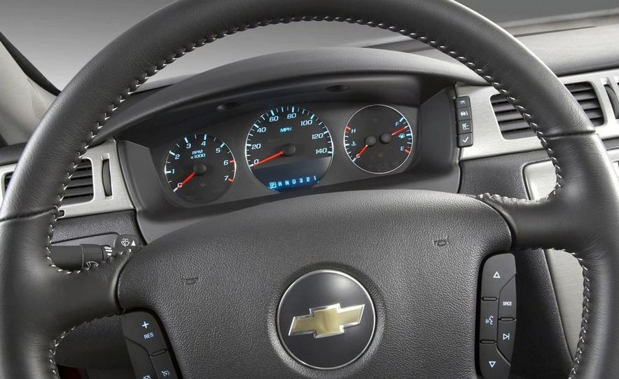 2008 Chevrolet Impala 50th Anniversary Edition - Slide 15