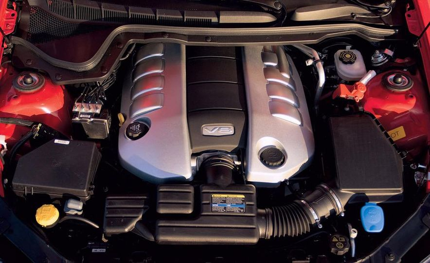 2008 Pontiac G8 GT - Slide 12
