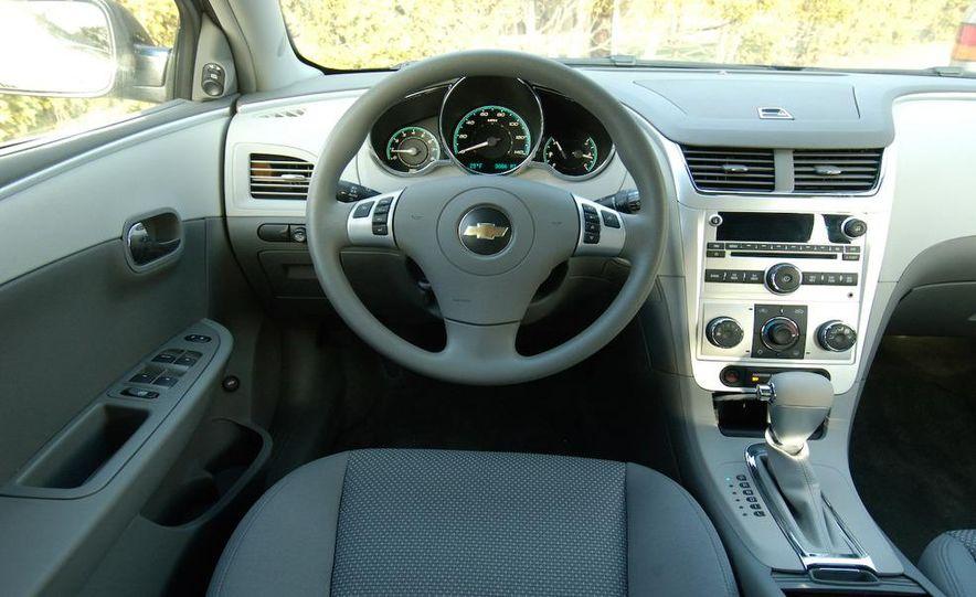 2009 Hyundai Sonata, 2008 Ford Fusion, 2008 Toyota Camry, 2008 Honda Accord, 2008 Dodge Avenger, 2008 Nissan Altima, 2008 Chevy Malibu - Slide 31