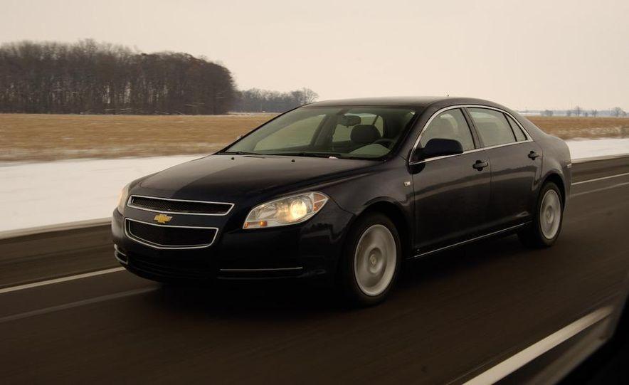 2009 Hyundai Sonata, 2008 Ford Fusion, 2008 Toyota Camry, 2008 Honda Accord, 2008 Dodge Avenger, 2008 Nissan Altima, 2008 Chevy Malibu - Slide 30