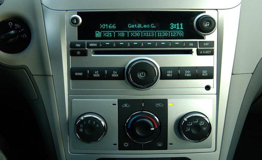 2009 Hyundai Sonata, 2008 Ford Fusion, 2008 Toyota Camry, 2008 Honda Accord, 2008 Dodge Avenger, 2008 Nissan Altima, 2008 Chevy Malibu - Slide 32