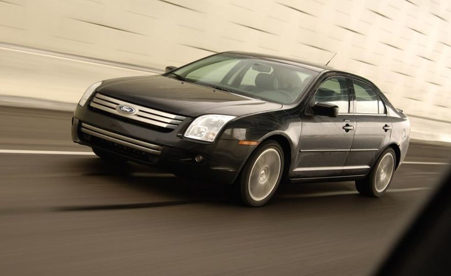 2009 Hyundai Sonata, 2008 Ford Fusion, 2008 Toyota Camry, 2008 Honda Accord, 2008 Dodge Avenger, 2008 Nissan Altima, 2008 Chevy Malibu - Slide 36