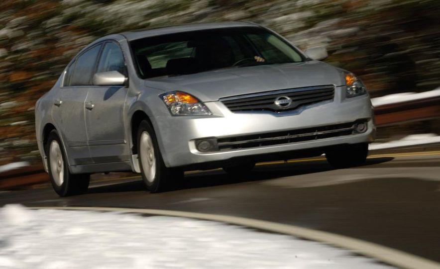 2009 Hyundai Sonata, 2008 Ford Fusion, 2008 Toyota Camry, 2008 Honda Accord, 2008 Dodge Avenger, 2008 Nissan Altima, 2008 Chevy Malibu - Slide 3