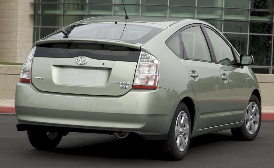2008 Toyota Pruis - Slide 12