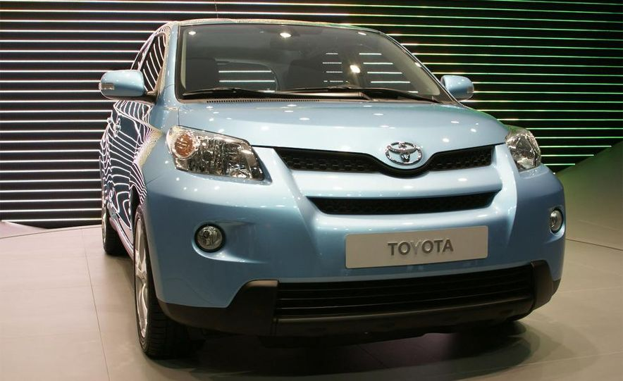 Toyota Urban Cruiser - Slide 1