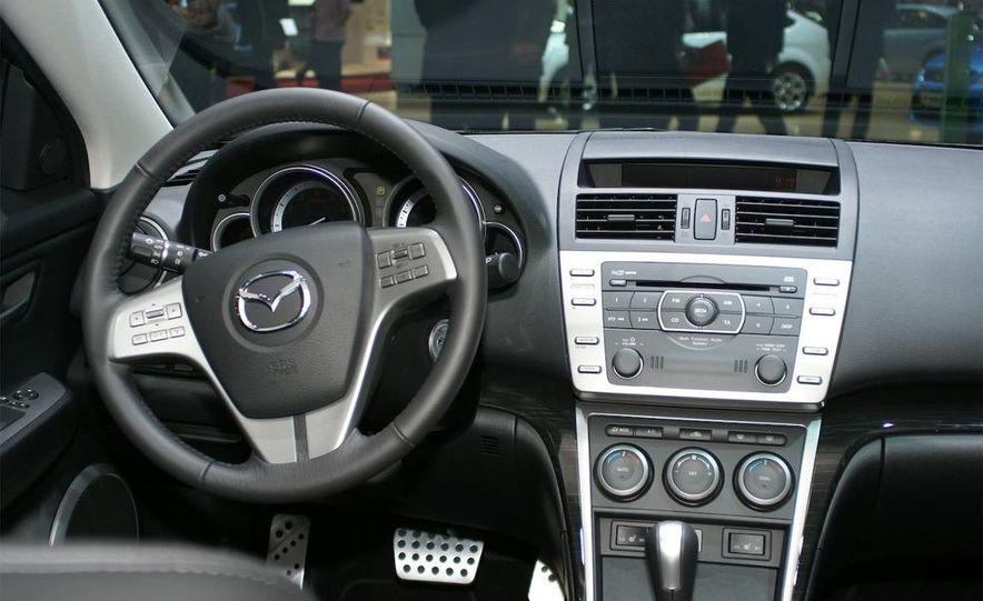 2009 Mazda 6 sedan - Slide 4