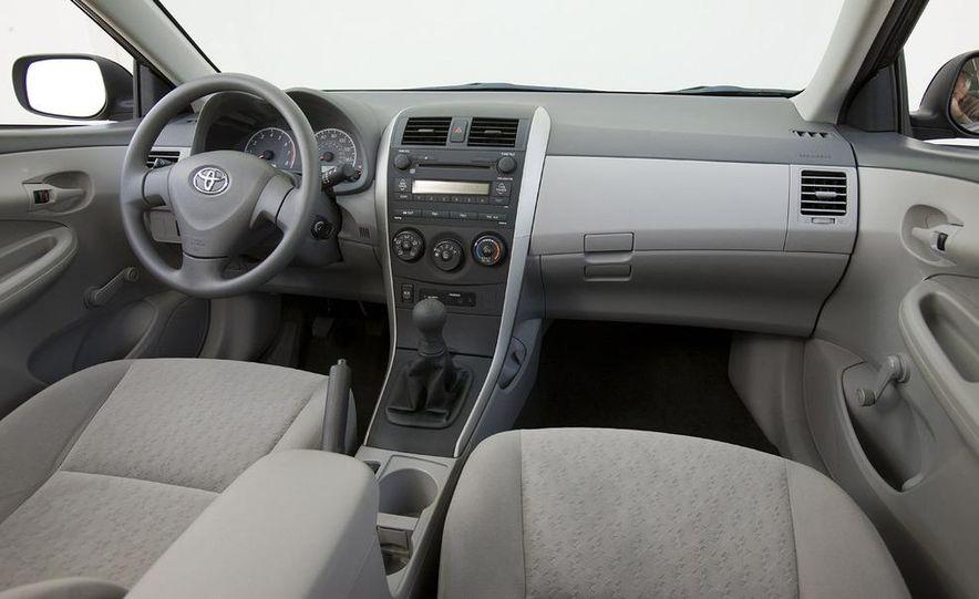 2009 Toyota Corolla - Slide 7