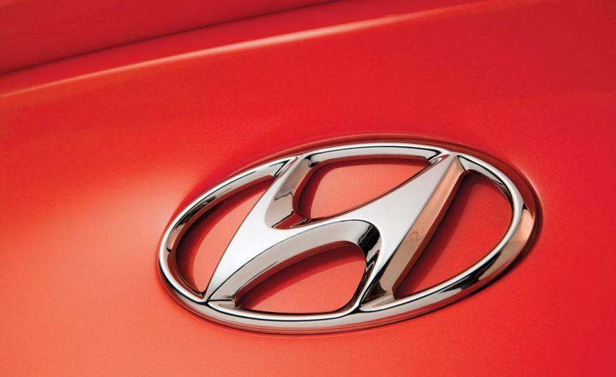 2010 Hyundai Genesis coupe - Slide 17