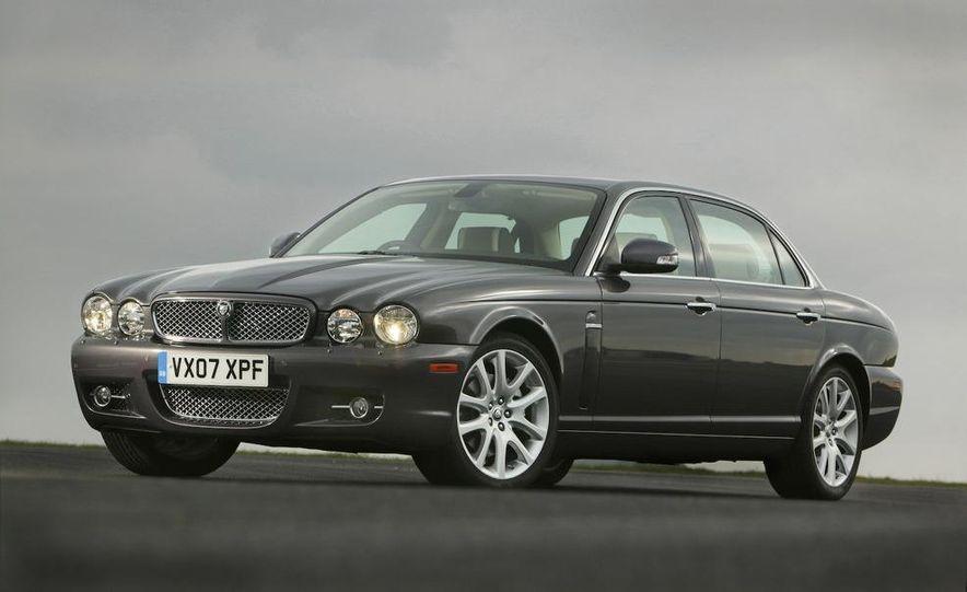 2009 Jaguar XKR Portfolio Edition - Slide 33
